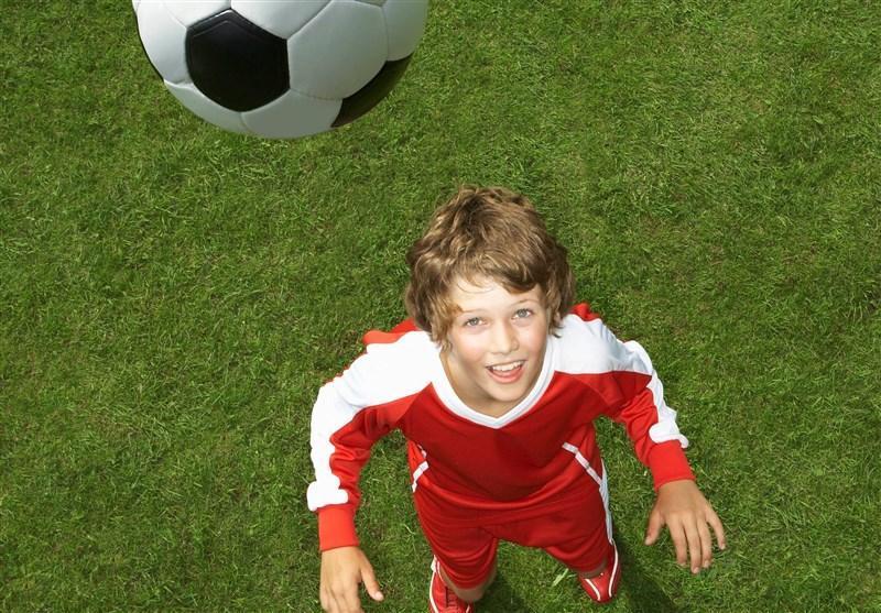 ممنوعیت ضربات سر برای فوتبالیست های زیر 12 سال در بریتانیا