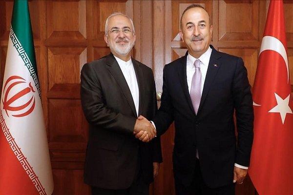 وزیر خارجه ترکیه با ظریف تبادل نظر کرد