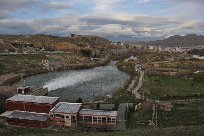 خبرنگاران 45 میلیون مترمکعب آب از سد مهاباد به سمت دریاچه ارومیه رها شد