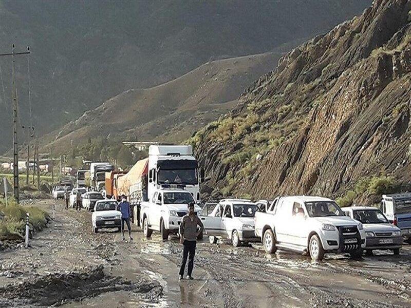 خبرنگاران بارشهای بهاری 370 میلیارد ریال به جاده های مشهد خسارت زد