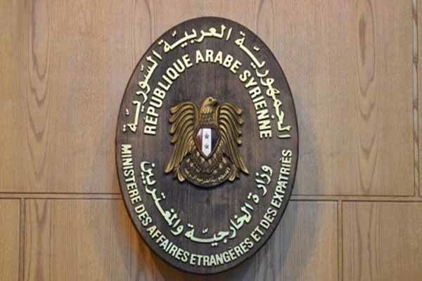 هدف از توافق میان قسد با شرکت آمریکایی غارت نفت سوریه است
